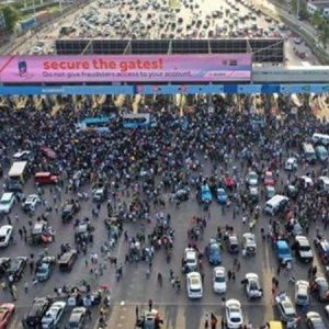 #EndSaRS protesters at Lekki Toll Plaza, Lagos; US says no evidence of massacre of protesters at the venue