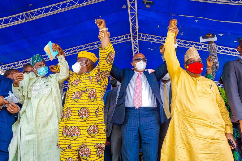 Governor Abiodun and leaders of the decampees into APC