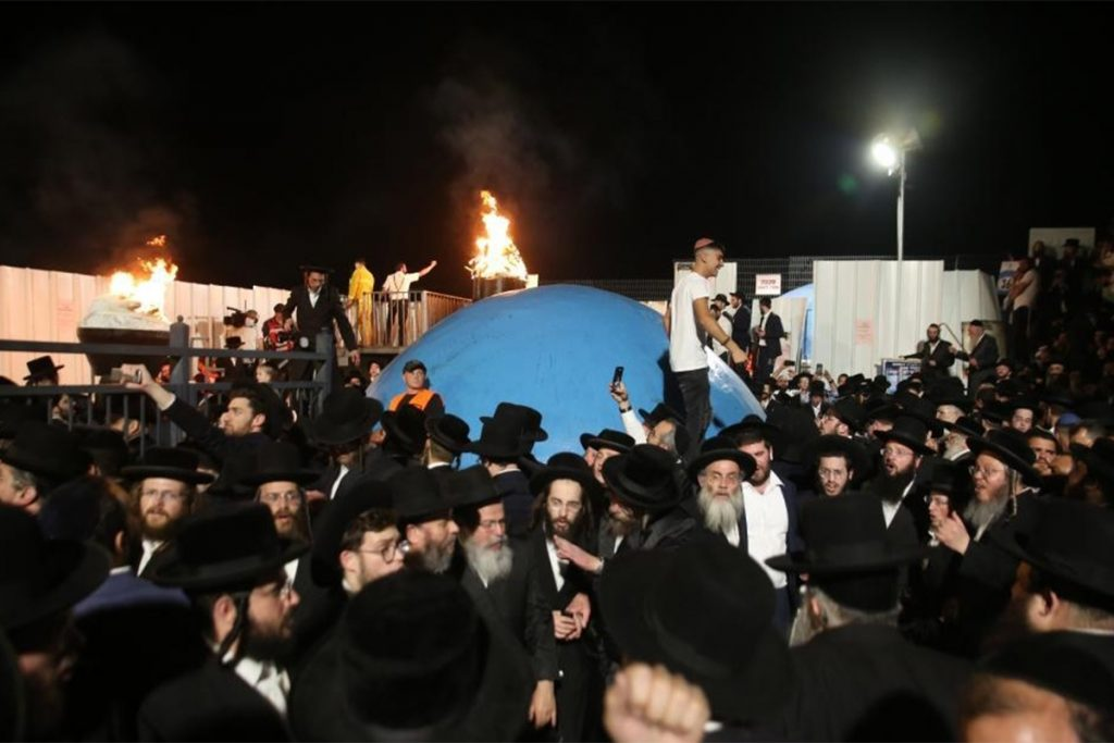 """Participants at Lag B""""Omer, an annual religious holiday marked with all-night bonfires, prayer and dancing, at Mount Meron: 44 die in stampede"""
