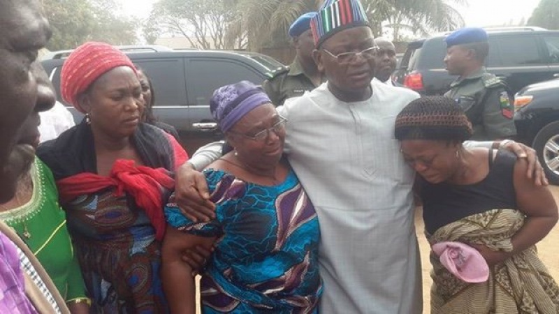 Governor of Benue State, Samuel Ortom condoling with women who lost their dear ones to the gunmen