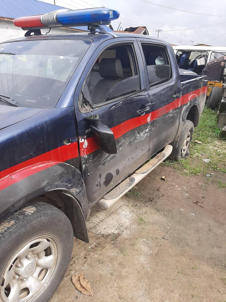 The abandoned Hilux vehicle the gunmen used during the attacks on the Police Personnel last night in Rivers.