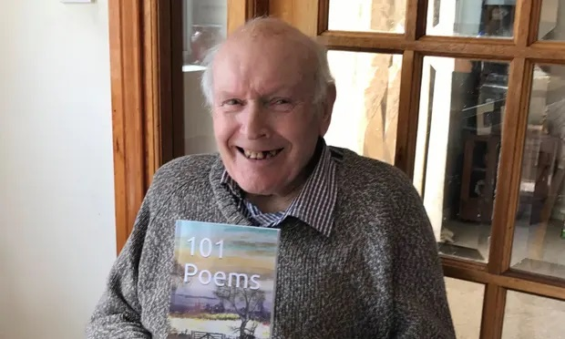 Gordon McCulloch, the  92-year-old Scottish grandfather now a bestselling poet on Amazon