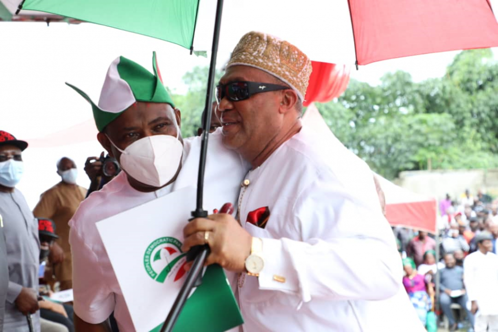 Governor of Rivers State, Nyesom Ezenwo Wike (left) and former All Progressives Congress Chairman in Rivers State, Dr. Davies Ikanya during the formal defection of the latter to Peoples Democratic Party, PDP in Port Harcourt on Saturday.