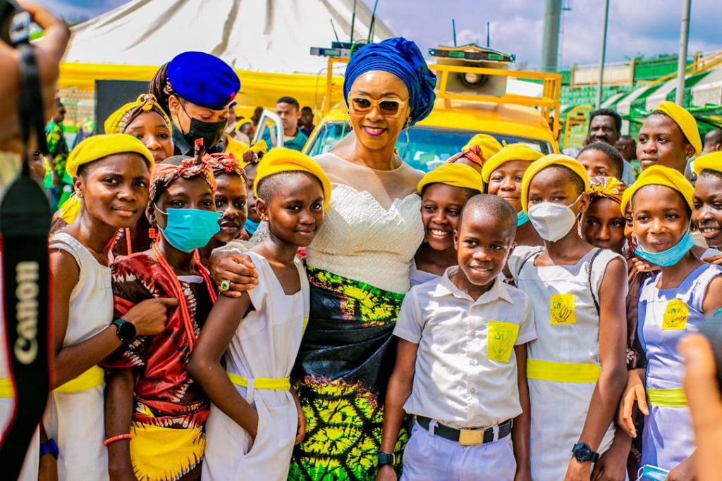 Mrs Abiodun and some of the 45 gifted students