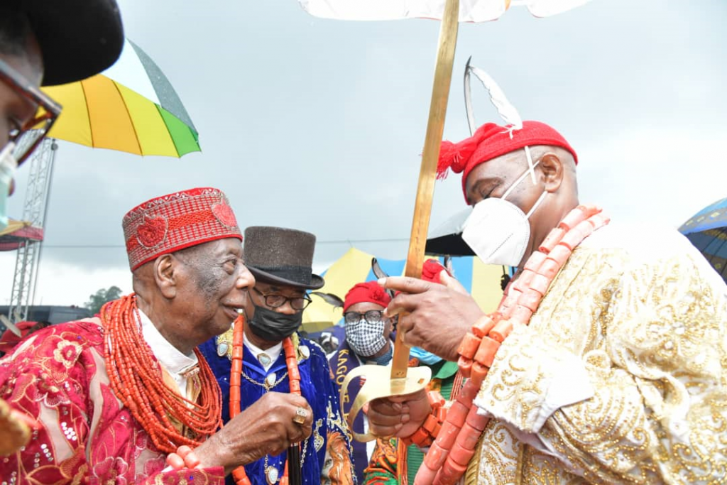 Governor of Rivers State, Nyesom Ezenwo Wike (right) being conferred with the title: Mene Kwalenu 1st of Ogoni, (a benevolent king), by the President of Supreme Council of Ogoni Traditional Rulers, His Royal Majesty, King G.N.K Giniwa, during a grand reception in honour of the Governor in Bori on Saturday.
