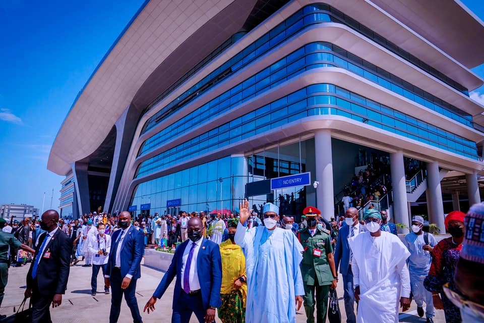 President Buhari on arrival at the Lagos train station