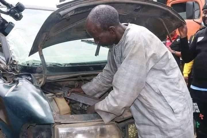 Umaru Mohammed showing how he hide rifles and ammunition being transported to bandits/kidnappers along the highways all across the North and Southwest part of the country