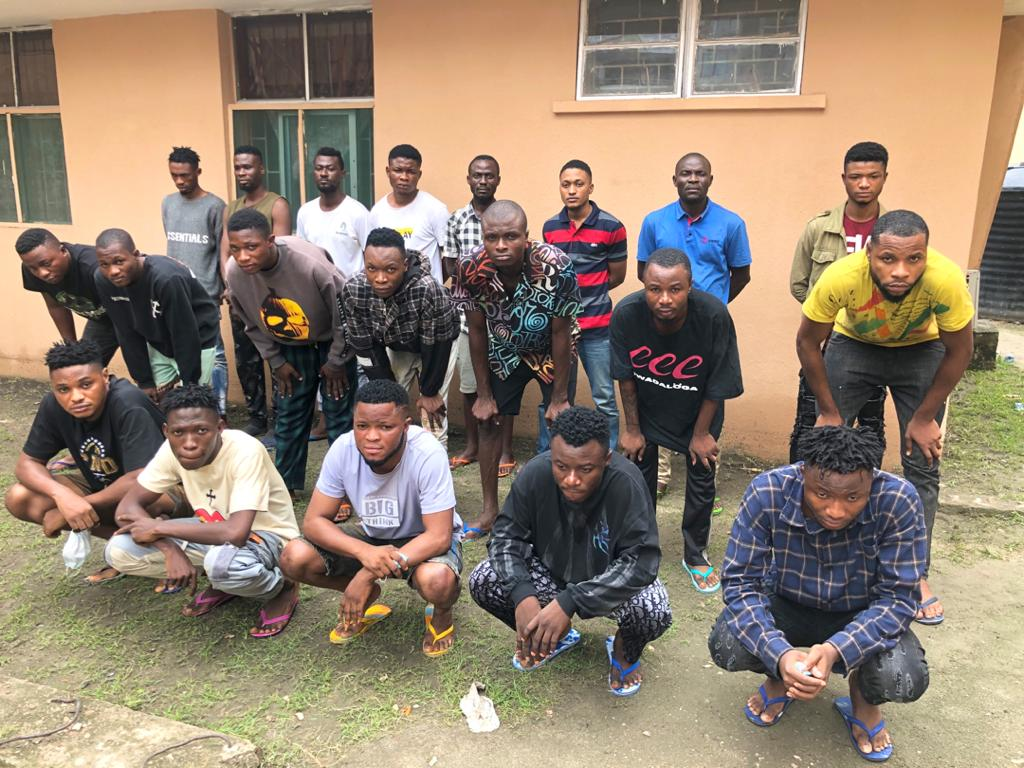 Some of the arrested susoected internet fraudsters