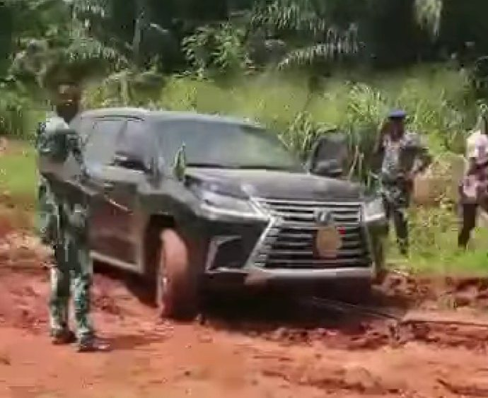 Obaseki's official vehicle trapped in mud