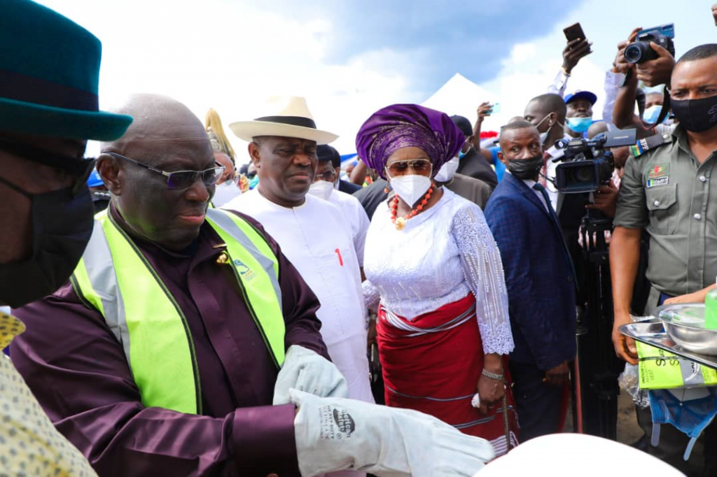 L-R: Chairman of Greater Port Harcourt Development Authority, ChiefFerdinand Anabraba; Governor of Rivers State, Nyesom Ezenwo Wike (middle) and Deputy Governor of Rivers State, Dr. (Mrs) Ipalibo Harry-Banigo during the flag off of Trans-Kalabari Road Central Group Segment Alignment E, Phase 1 at Degema on Thursday.