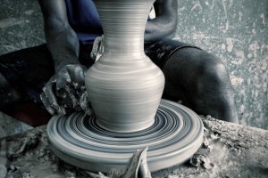 Women at work in Ushafa Cultural Pottery Centre