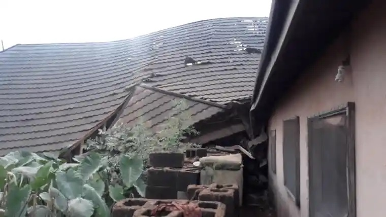 The three-storey structure  collapsed on another building belonging to Mr Ndukwe Okechukwu, the Deputy Chairman, Aniri Local Government Area of the state