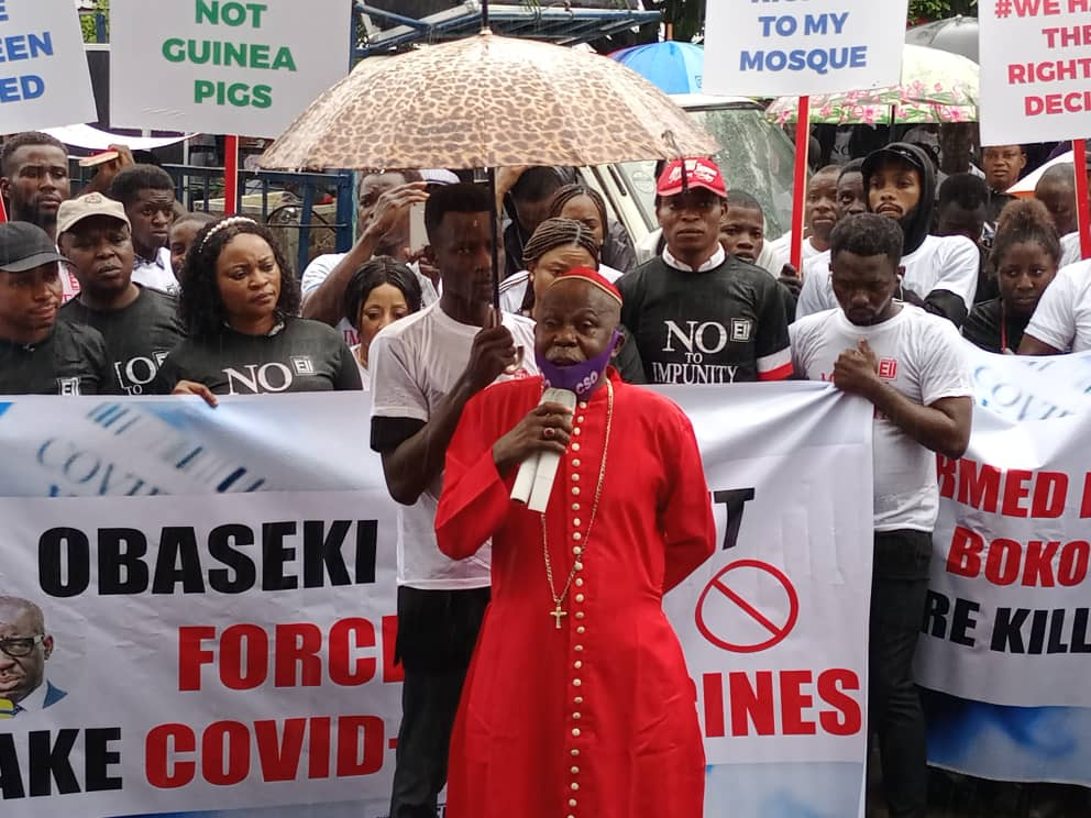 CSOs protesting against Governor Obaseki no covid-19, no public gathering order in Benin on Monday
