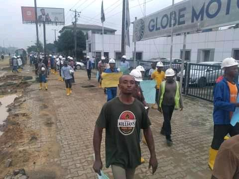 Julius Berger workers during their protest in Port Harcourt on Tuesday