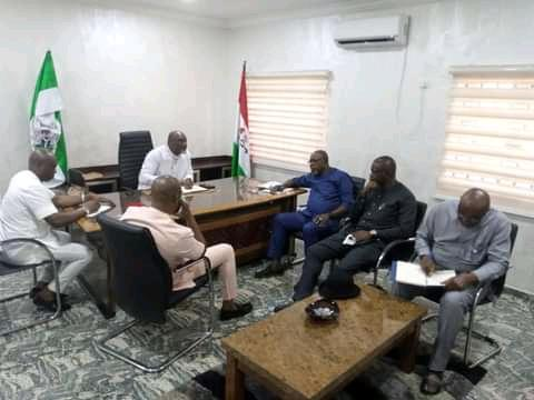 The four LGAs Chairmen of Asari-Toru,Akuku-Toru, Degema and Emohua in Rivers State and their aides brainstorming on deteriorating security in their areas