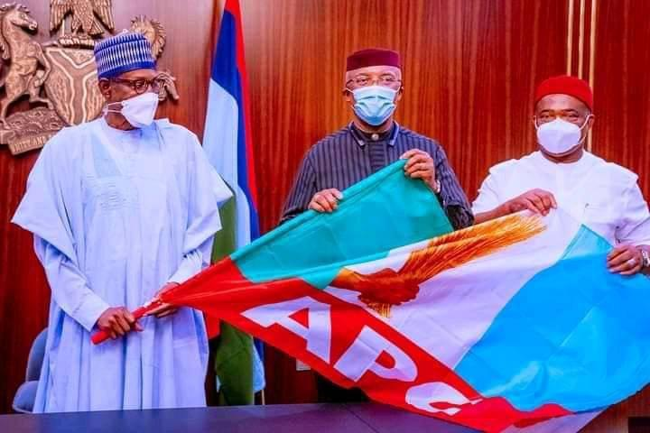 Okeke (middle) being formally presented to President Muhammadu Buhari by Gov. Hope Uzodimma of Imo at the State House, Abuja on Wednesday.